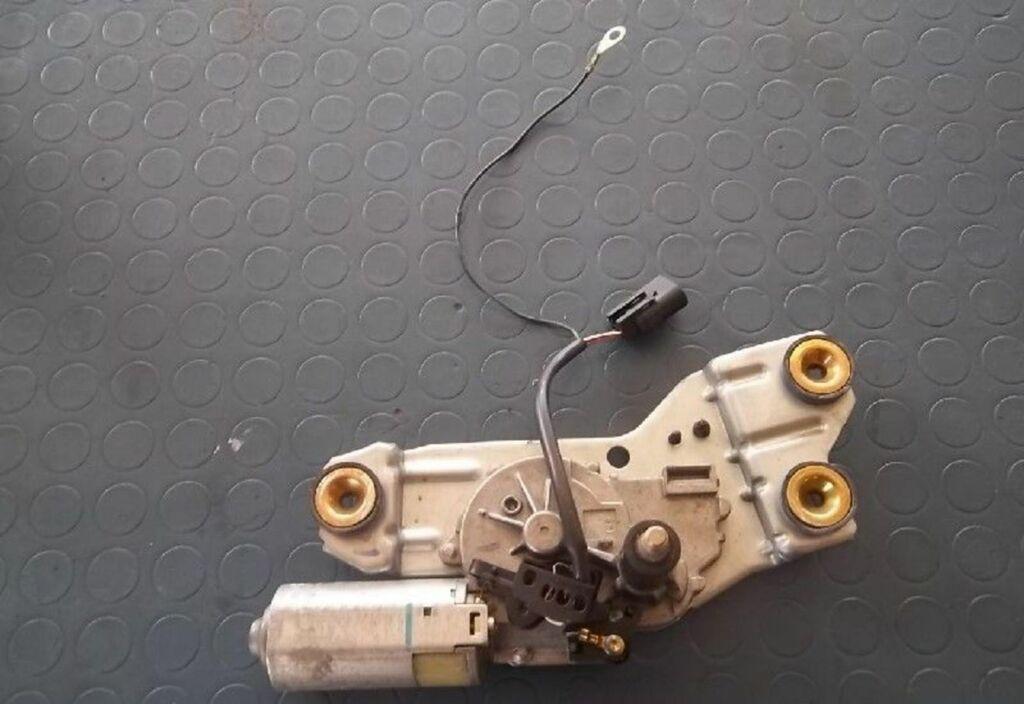 Ruitenwissermotor A Ford Focus Wagon I 1.8 TDdi Ambiente
