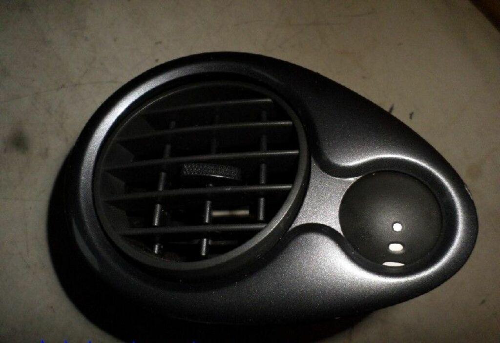 Ventilatierooster L Renault Clio III 1.5 dCi Exception