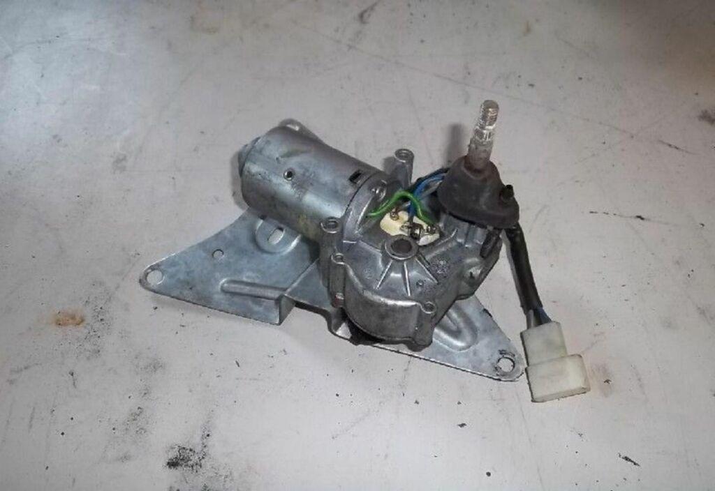 Ruitenwissermotor A Renault Twingo I 1.2 Comfort
