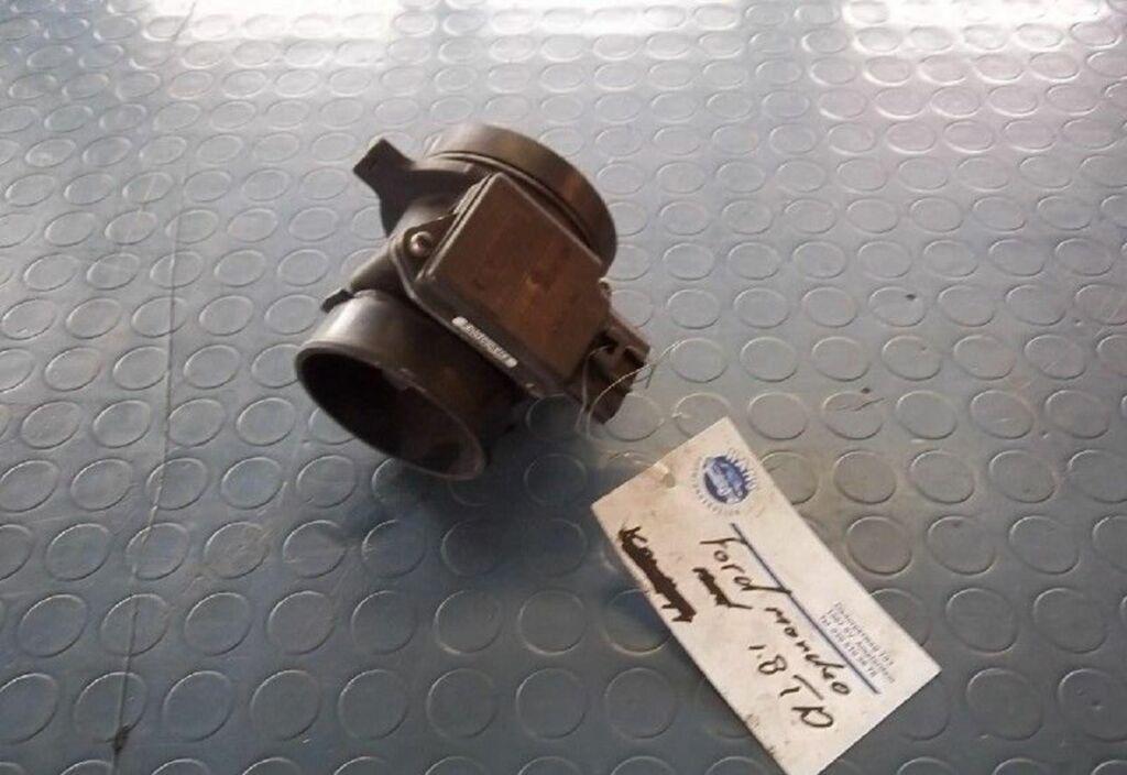 Luchtmassameter  Ford Focus Wagon I 1.8 TDdi Ambiente