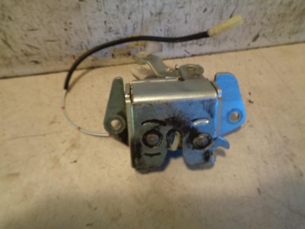 Slotmechanisme Aklep elektrisch Daihatsu Young RV 1.3-16V S ('00-'06)