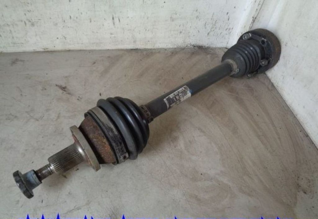Aandrijfas L VW Fox 1.2 Trendline                    6QE407271H