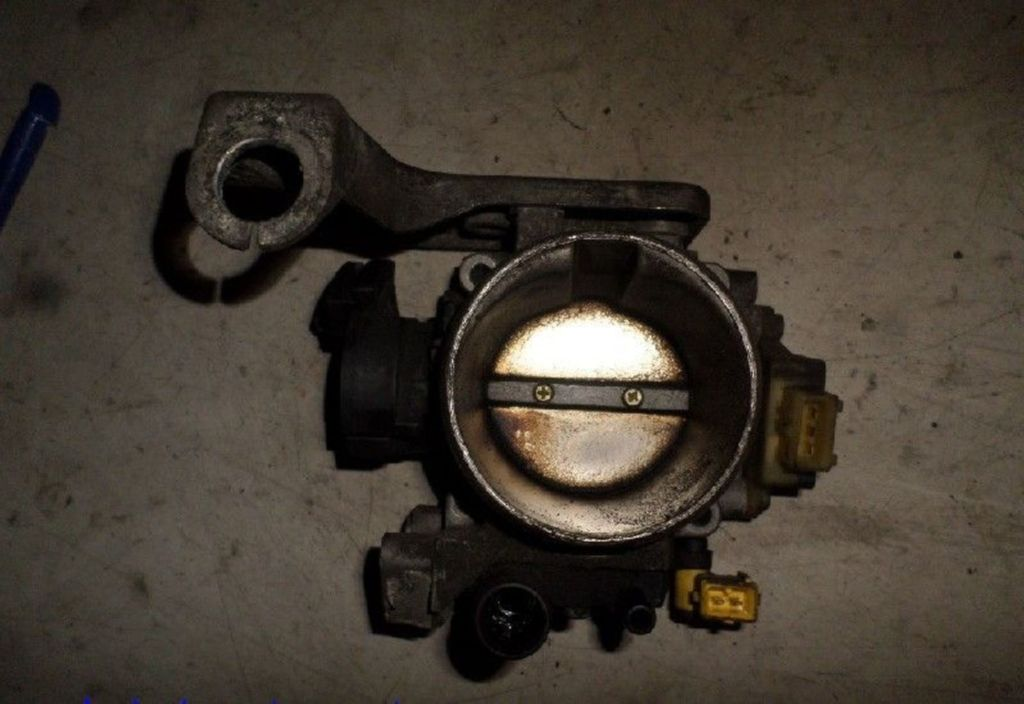 Gasklep-stelmotor  Peugeot 406 Coupé 3.0-24V V6 Pack