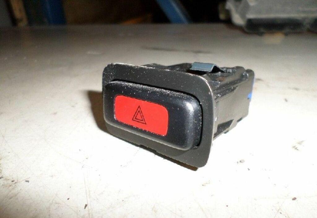 Alarmlichtschakelaar  Rover 45 1.8 Classic CVT