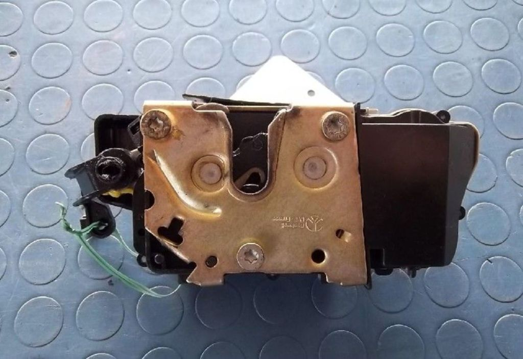 Slotmechanisme deur RA Citroen Xsara 1.9 D Ligne Prestige