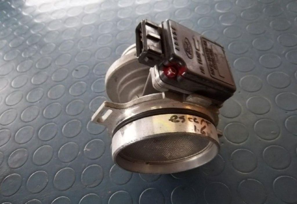 Luchtmassameter  Ford Escort Wagon 1.6 Studio