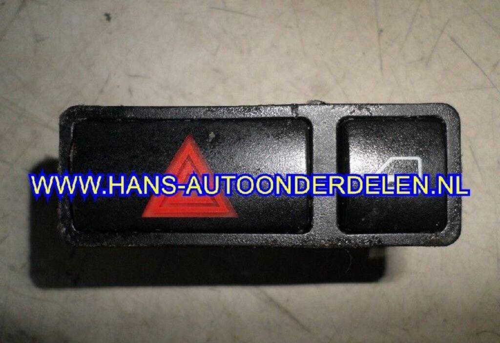 Alarmlichtschakelaar  BMW 3 serie (E46/4) Sedan