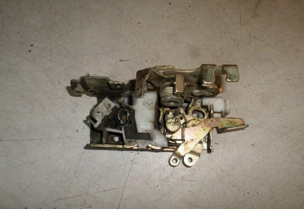 Slotmechanisme deur L Mercedes Vito Bestel W638 108 D Amigo