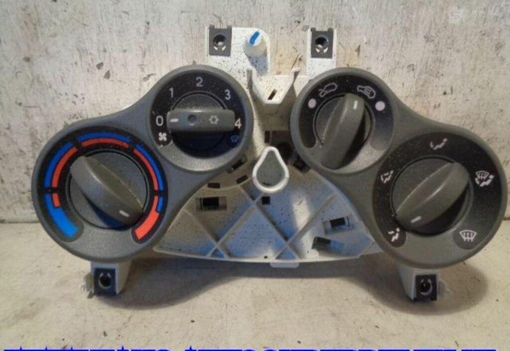 Bedieningspaneel kachel  Fiat Panda II 1.3 JTD Dynamic