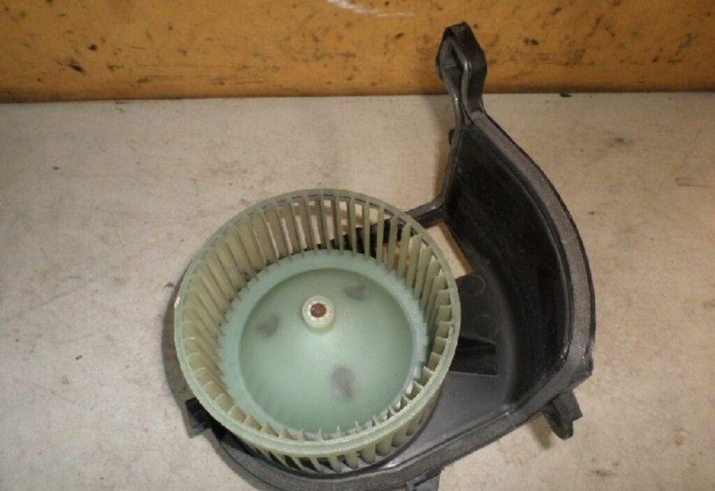 Kachelventilatormotor  Renault Clio II 1.4-16V Expression