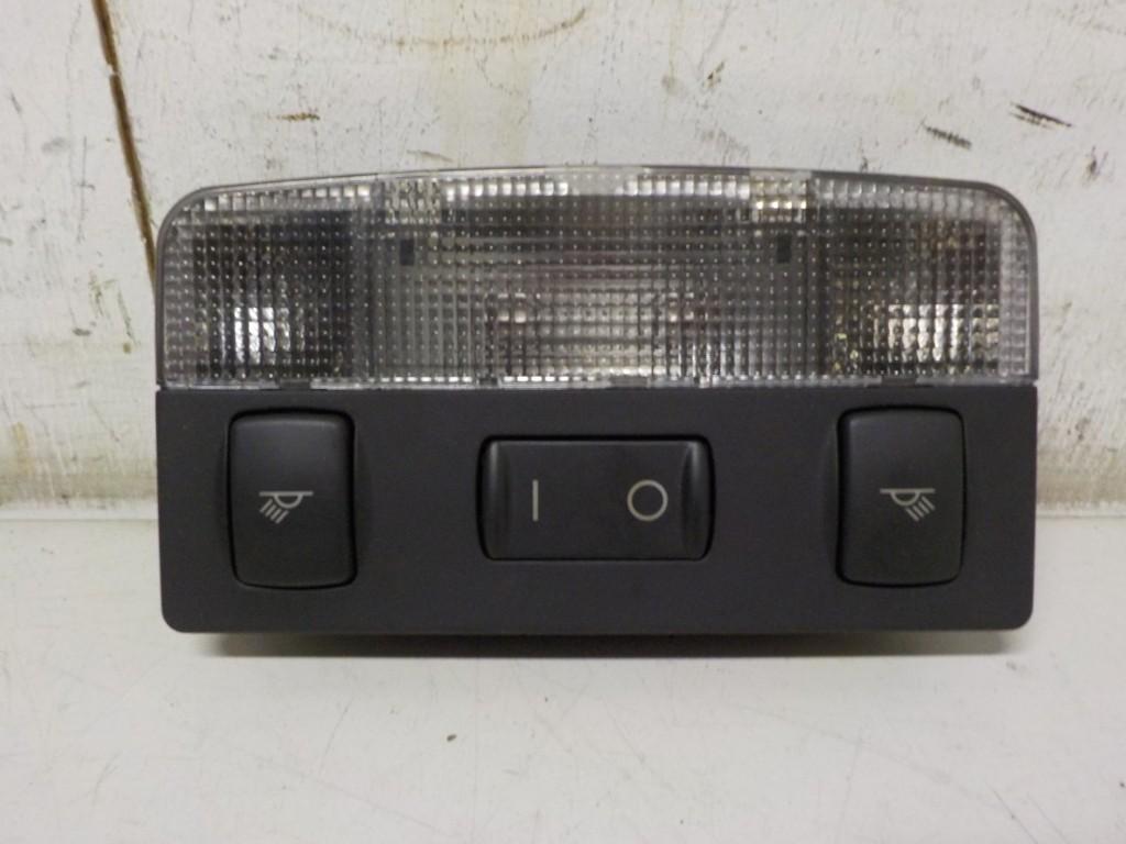 BinnenverlichtingmiddenAudi TT 8N ('98-'06)8N8947111