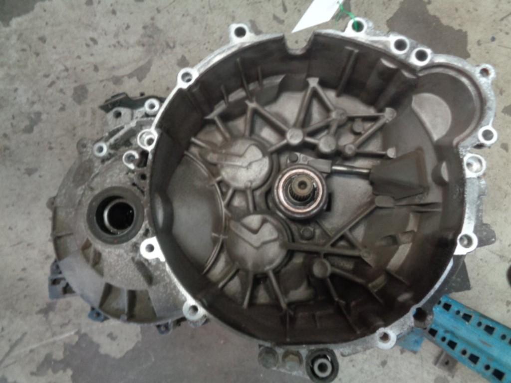 5-versnellingsbak Volvo S60 I 2.4 ('00-'09) 9482226