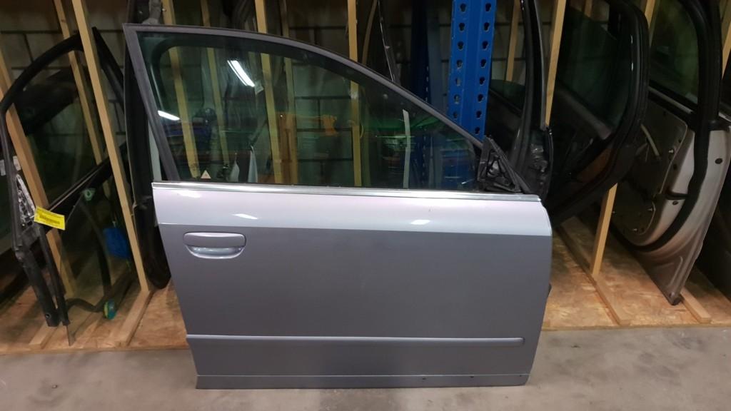 Audi A4 Avant B6 2.5 TDI ('01-'04)Portier rechtsvoor