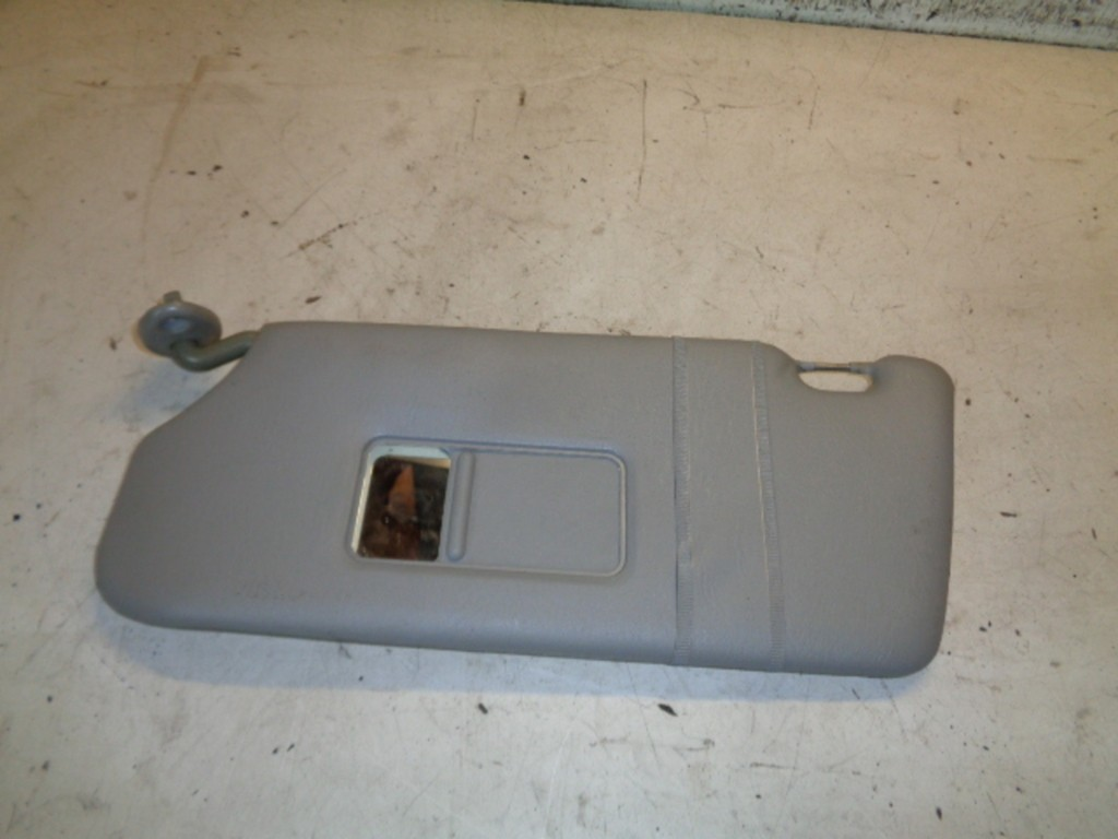 Zonneklep links Suzuki Alto IV .1 GL ('02-'07)