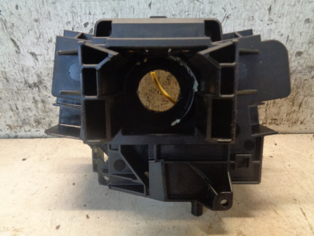 Airbagring Ford Focus Wagon II 1.8-16V Ambiente Flexifuel ('05-'11) 4M5T14A664AB