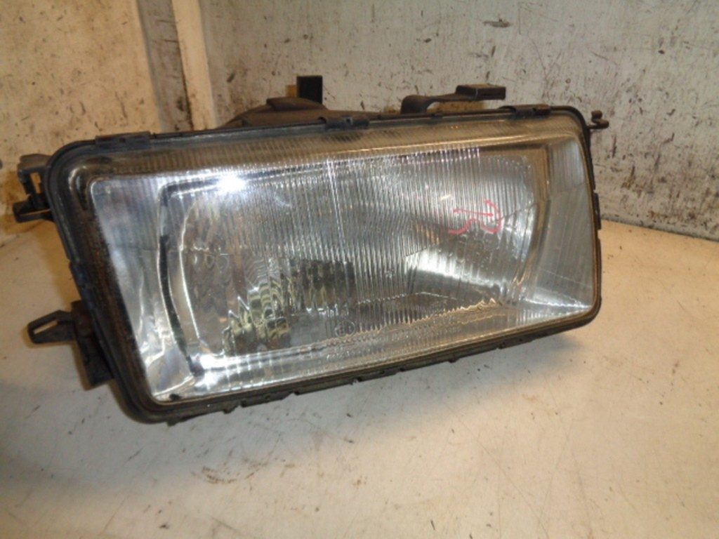 Koplamp rechts Audi 80 B3 1.8 ('86-'91) 13288401