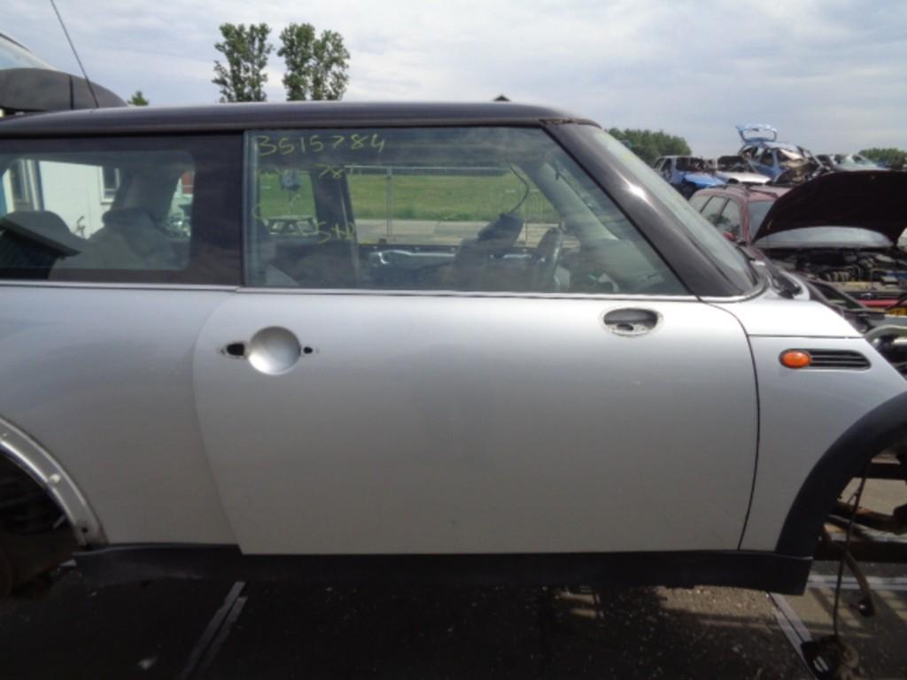 Portier rechtsvoor pure silver grijs 3-deurs Mini I 1.6 Cooper ('01-'06) 41517202912