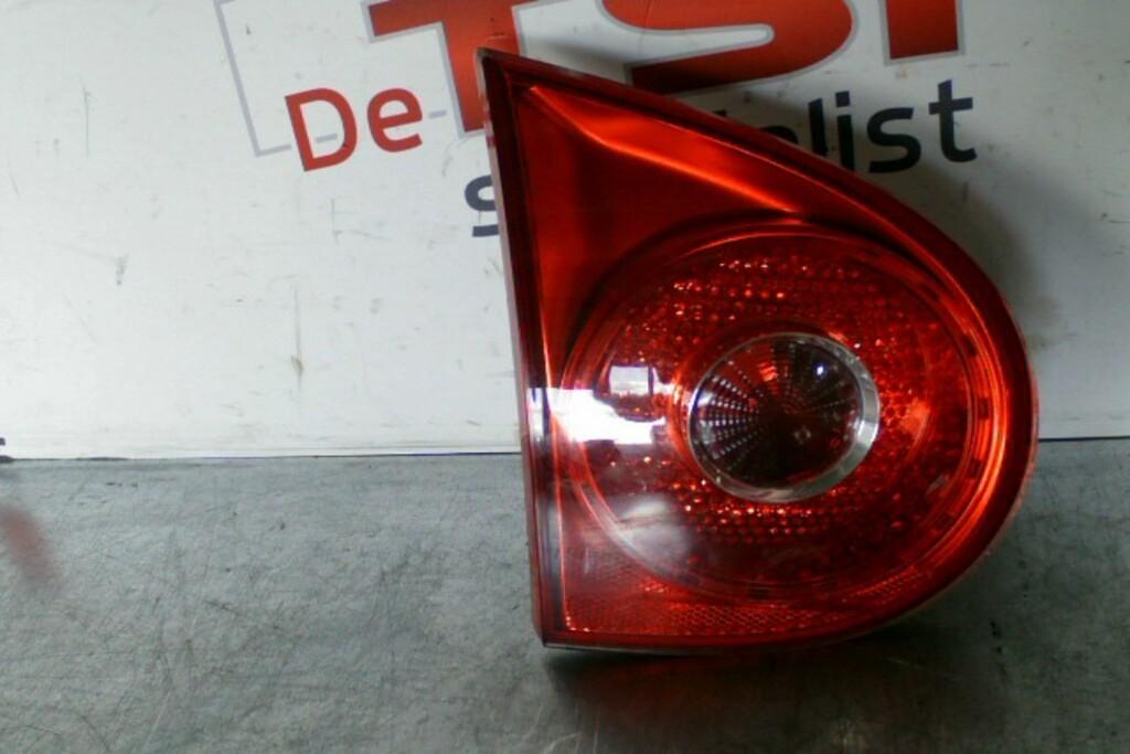 Achterlicht linksbinnen1K6945093EVW Golf V ('03-'08)