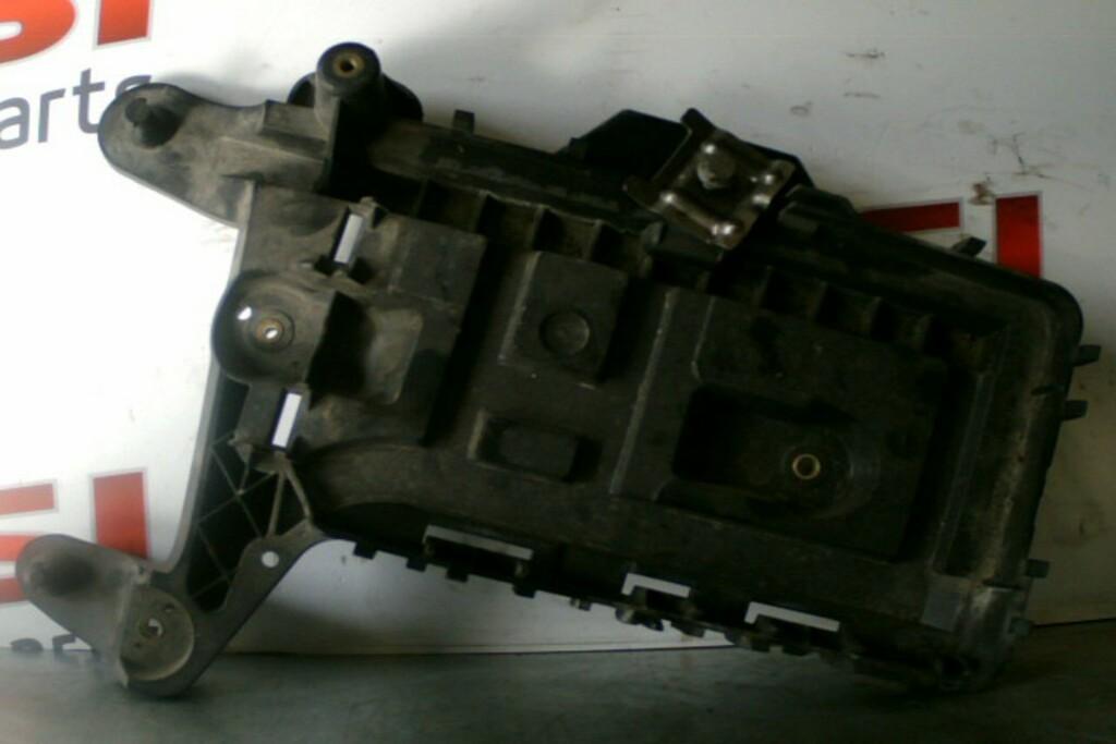 Accubak Bodem 1K0915333HAudi A3 8P /VW Touran I