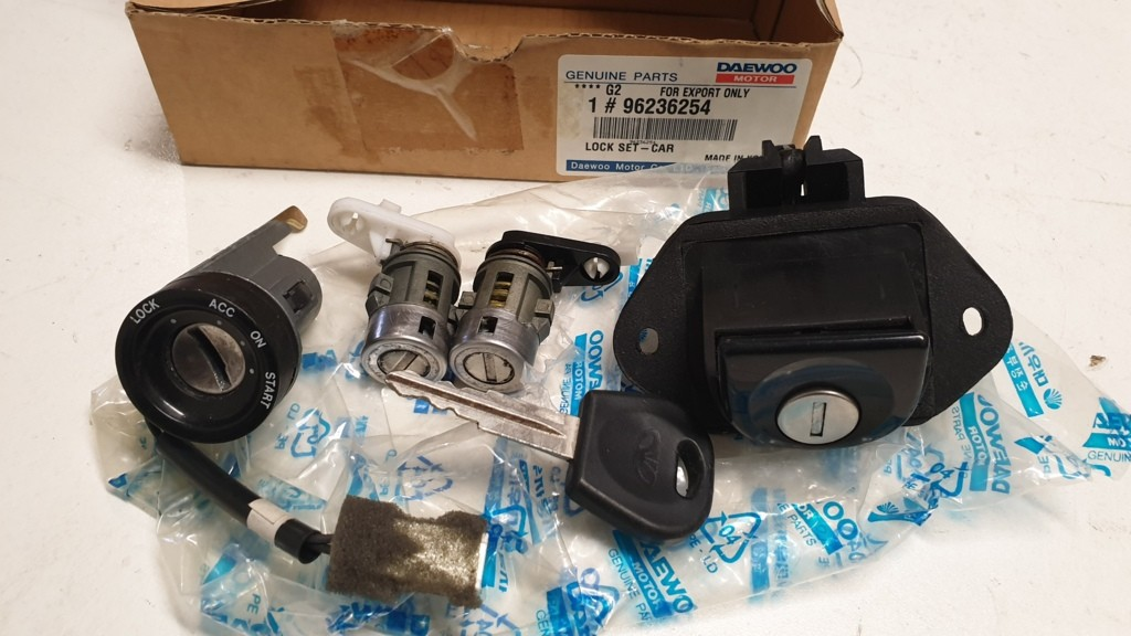 Daewoo Lanos Contactslot sleutel 96236254