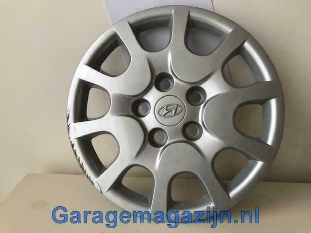 Wieldop 15 inch Hyundai i30 52960-A6000 5 gaats met schade
