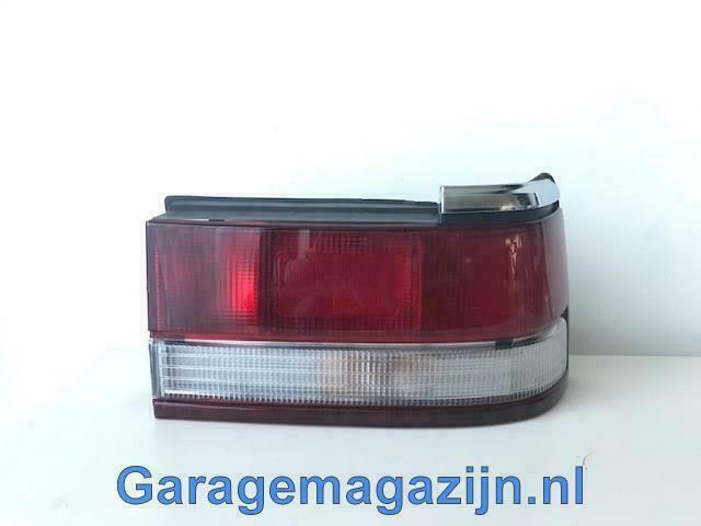 Achterlicht Mazda 626 GD Sedan rechts 216-1928R-NA 1987-1992