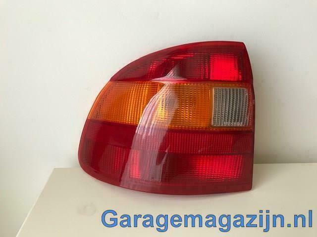 Achterlicht links Opel Astra F (T92) 3735931