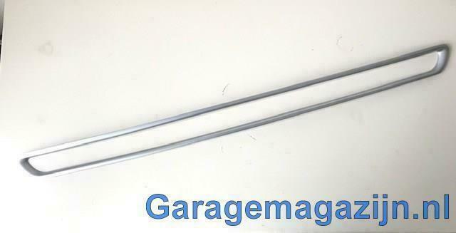 Sierrand voorbumper onder grill 3w830SBA10 Kia Sportage III