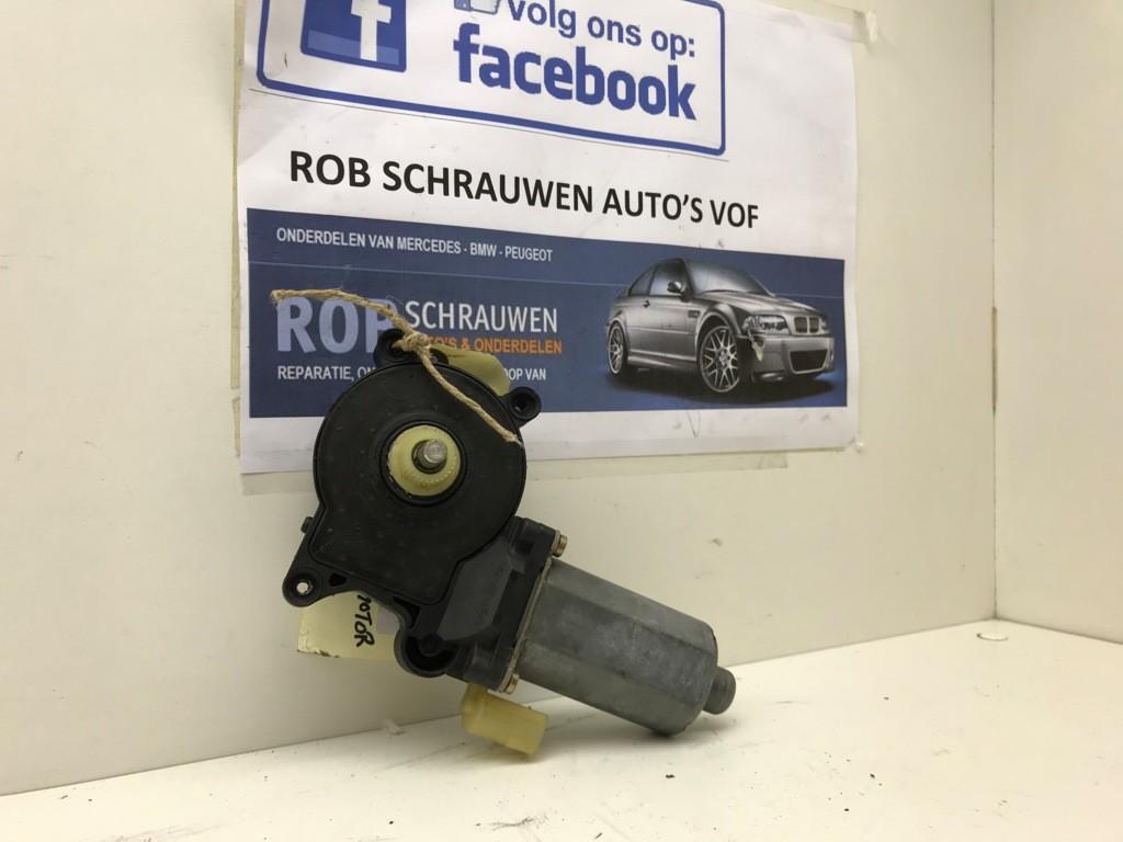 Raammotor origineel rechtsvoor  BMW 3-serie E46 67628362063