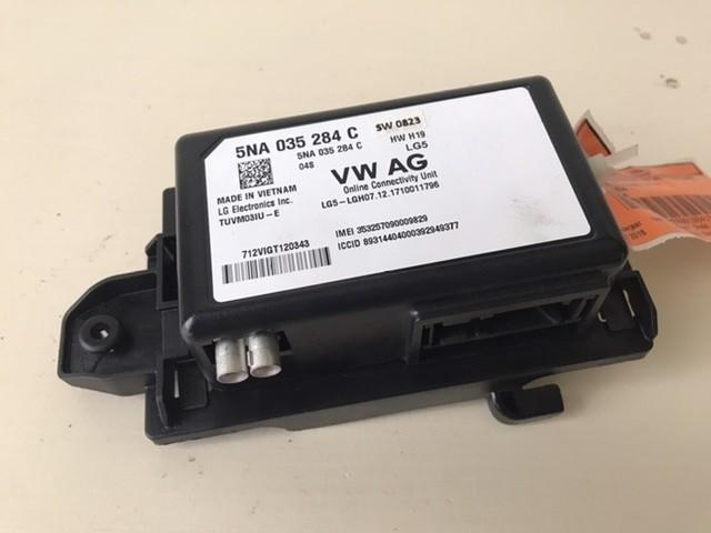 Module computer online diensten VW  5NA035284C