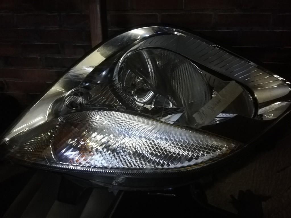 Linker koplamporigi. Mercedes Sprinter  W906 ('06-'18)