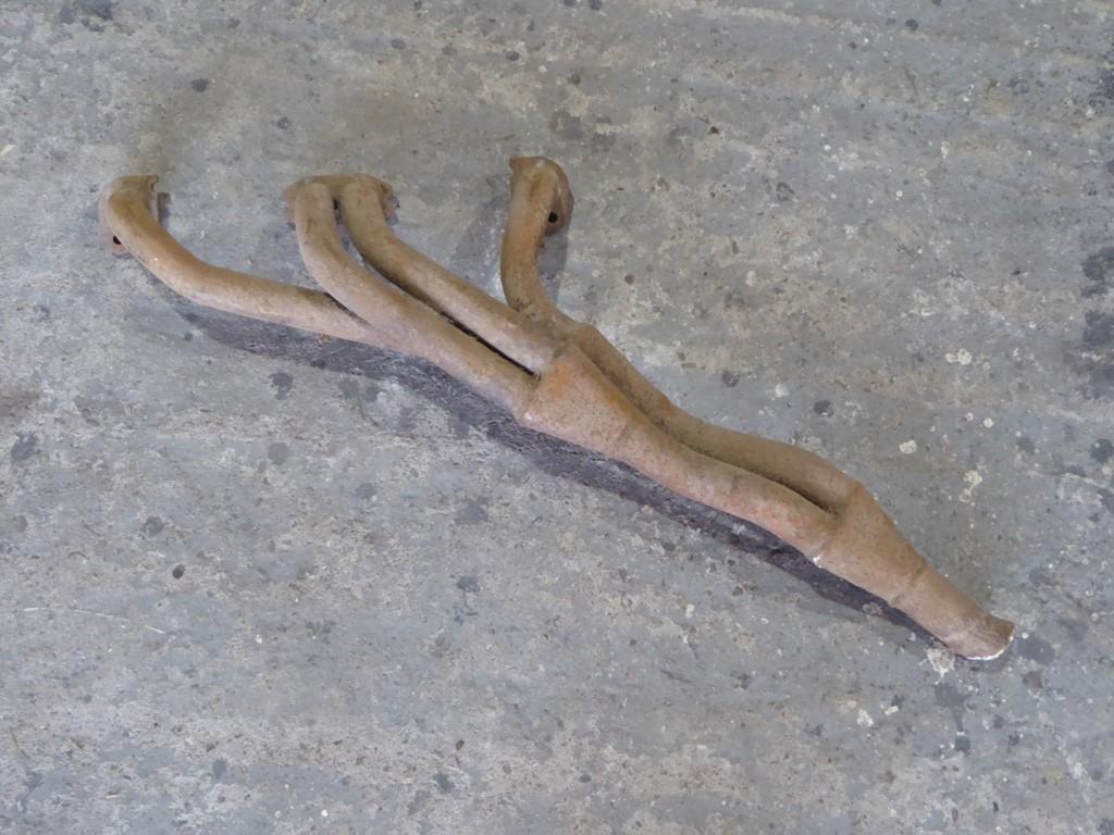 Ford cortia, anglia pre-crossflow uitlaatspruitstuk