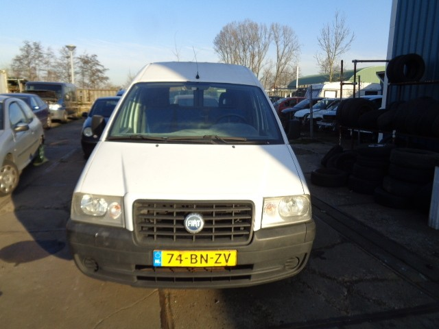 Koplamp rechts Fiat Scudo Bestel I 1.9D ('96-'07) 89009572