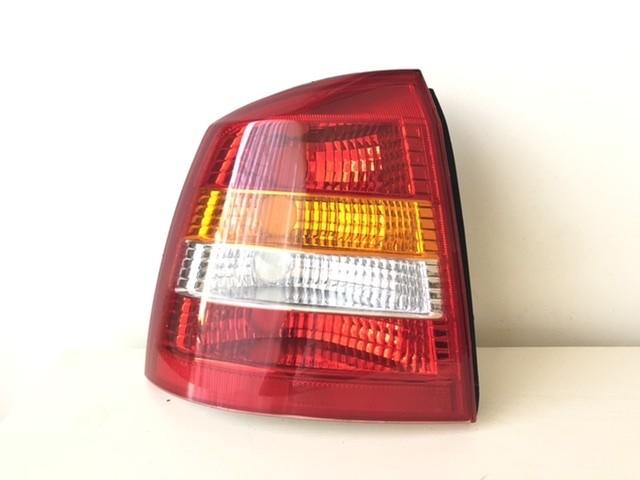 Achterlicht links 442-1916L-UE Opel Astra G cc (T98)