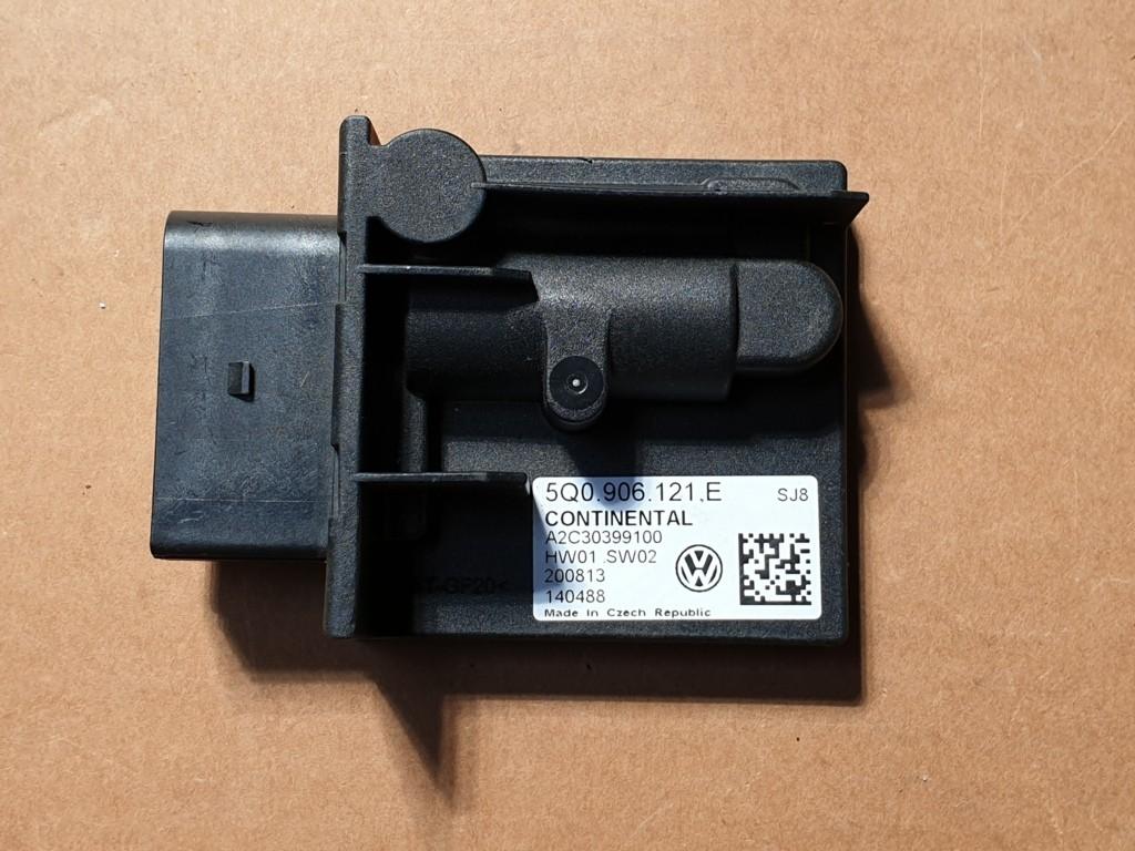 5Q0906121E Brandstofpompmodule Golf 7 VII 7.5 SEAT LEON pomp