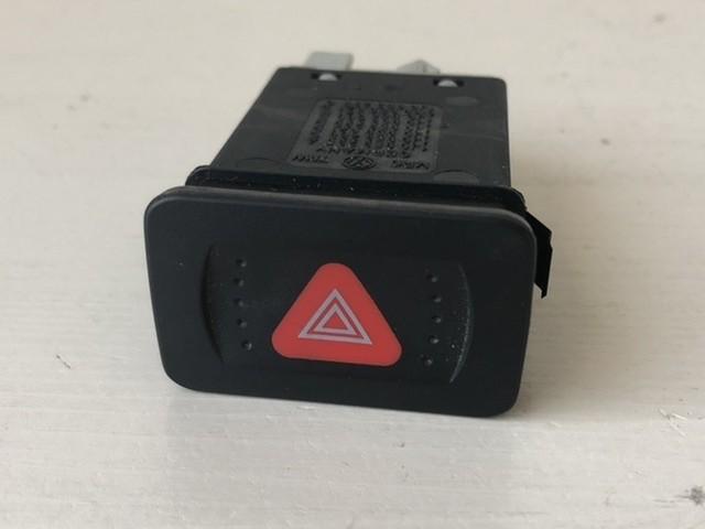 Alarmlichtschakelaar 1J0953235A Volkswagen Golf IV / Bora /