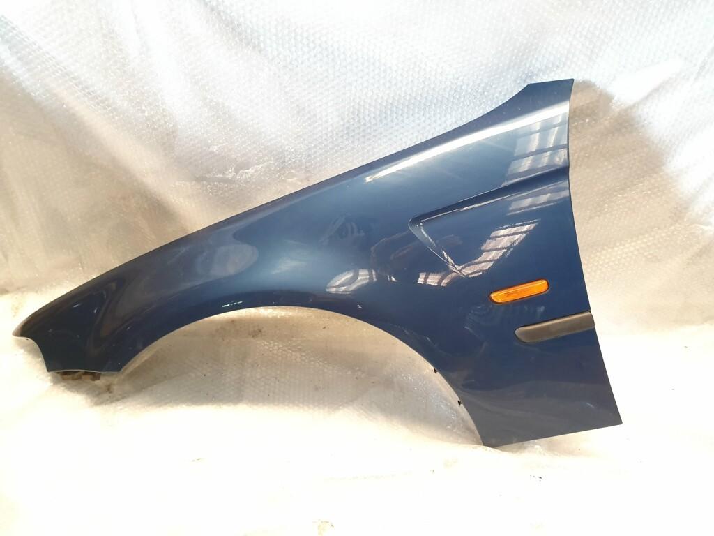 SpatbordBMW 3-serie('01-'05)links  topasblau metallic(364)