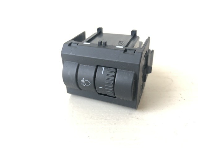Schakelaar koplamphoogte 5J0941333A Skoda Fabia II (5J)