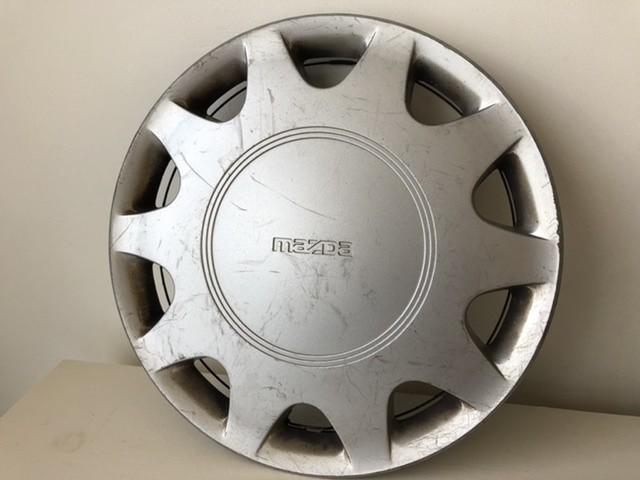 Wieldop13 inch origineel Mazda 323 rond 1990 gebruikt 7501