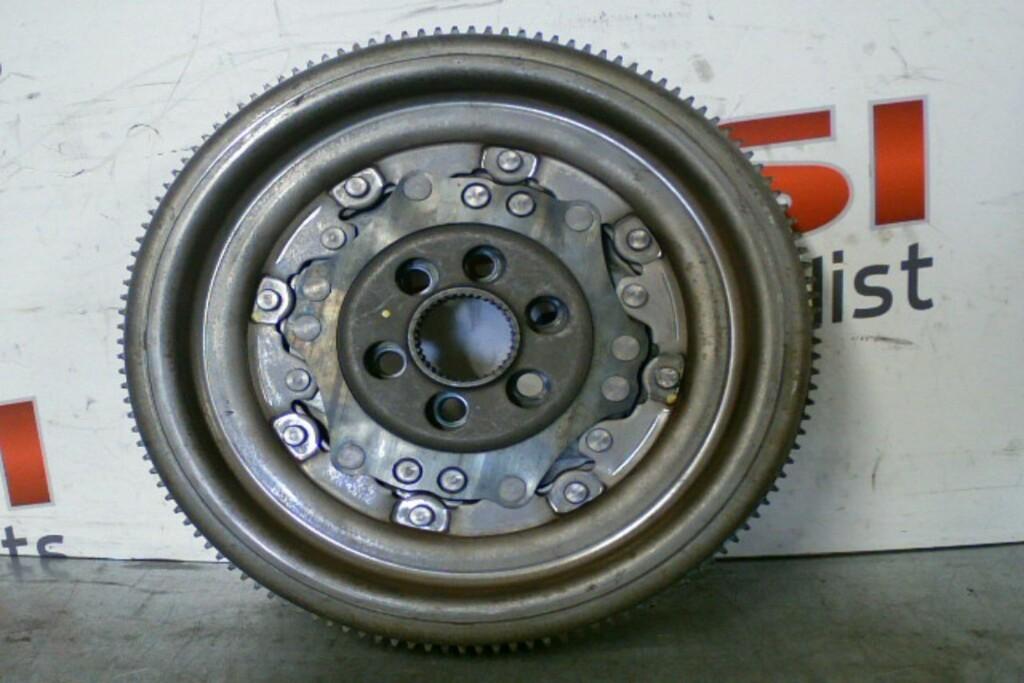 2 Massa Vliegwiel03C105266F 6-Traps DSG 1.4TSI CTH VAG