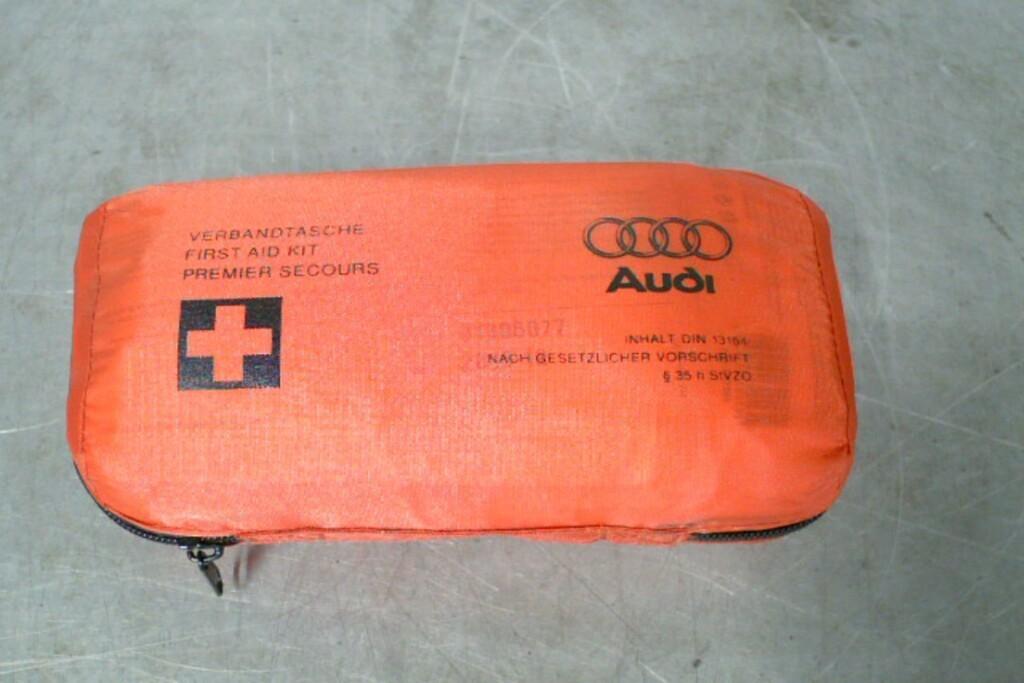 Verbandtas8F0860282 Div. Audi modellen