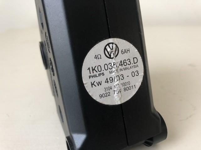 Antenne versterker 1K0035463D Volkswagen Golf V (1K1)