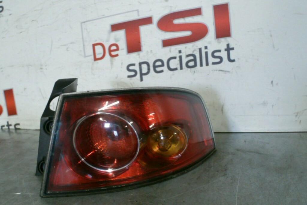 Achterlicht rechtsbuiten 6L6945112B Seat Ibiza 6L ('02-'09)