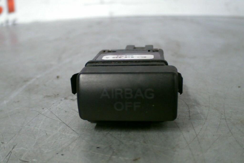 Airbagschakelaar6L1919235ASeat Ibiza 6L 1.9 ('02-'09)