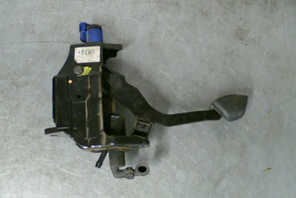 Koppelingspedaal8N2721059D 1.8T 5V BAM Audi TT 8N RHD