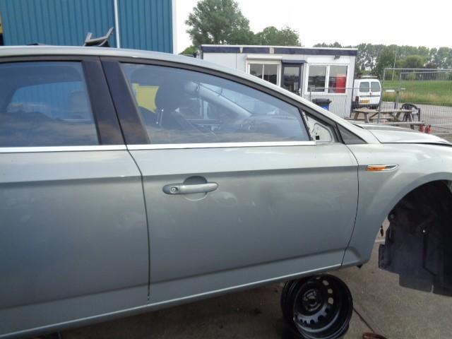 Portier RV violet grey grijs 4-deurs Ford Mondeo IV  '07-'14