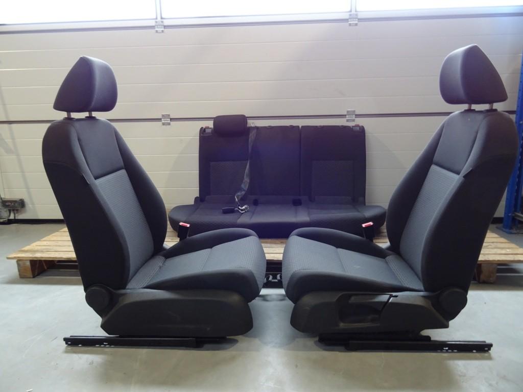 Interieur5-Drs Volkswagen Golf VI ('08-'13)