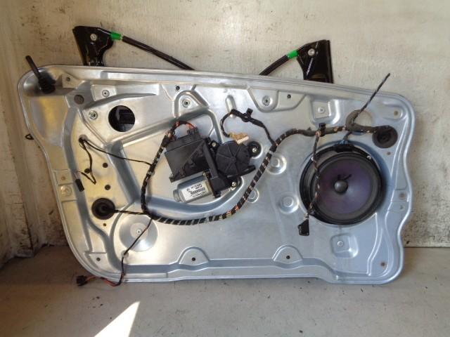 Raammechaniek linksvoor met motor 5-deurs Skoda Fabia 6Y 1.9 SDI Classic ('00-'07) 6Q1959801