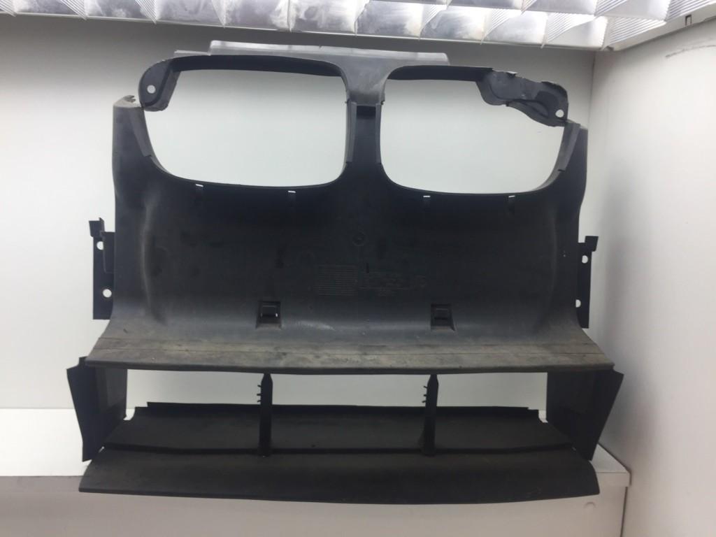 Luchtgeleiding BMW 3-serie Compact E46 ('01-'05) 51718268377