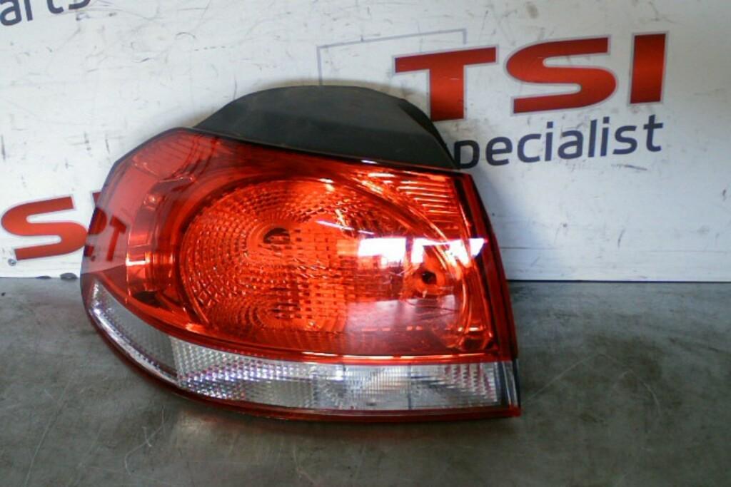 Achterlicht Links Buiten5K0945095E VW Golf VI ('08-'13)